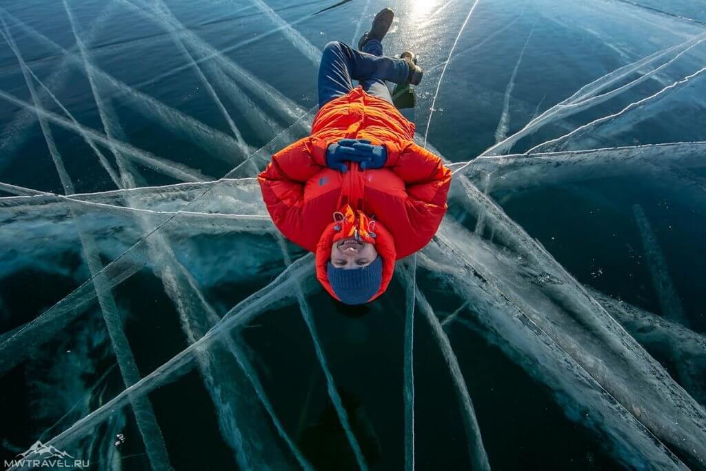 Поход по Байкалу зимой