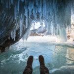 ледовые гроты на байкале в феврале