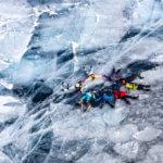 поход по льду байкала в марте
