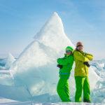 торосы из льда на байкале зимой
