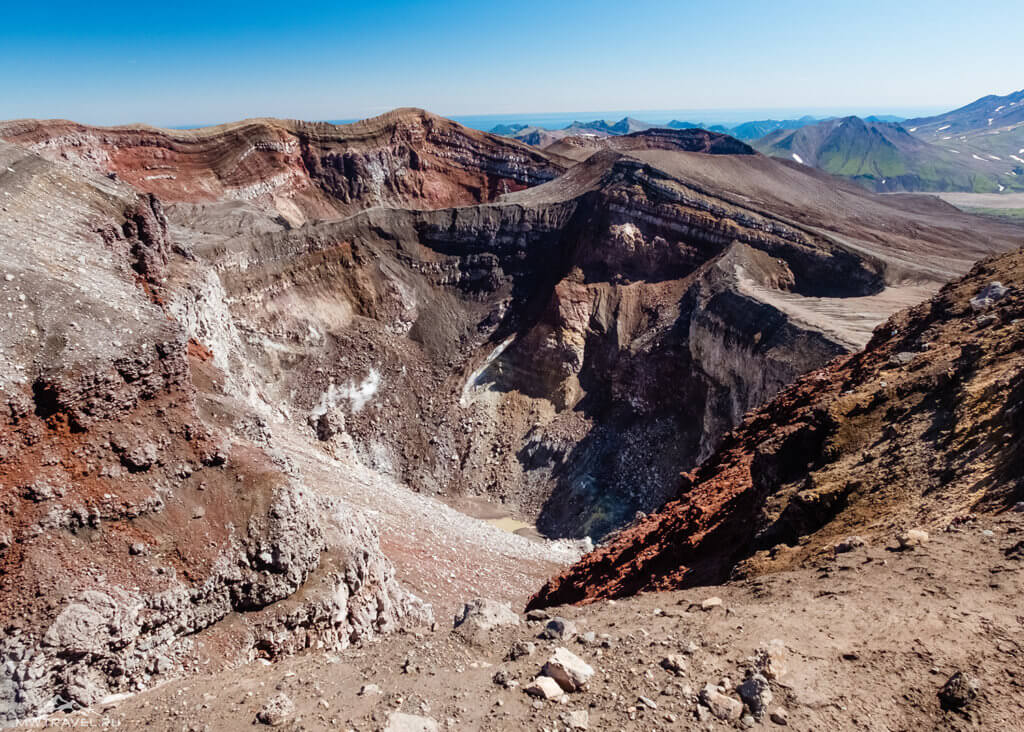 Поход по Камчатке: кратер вулкан горелый