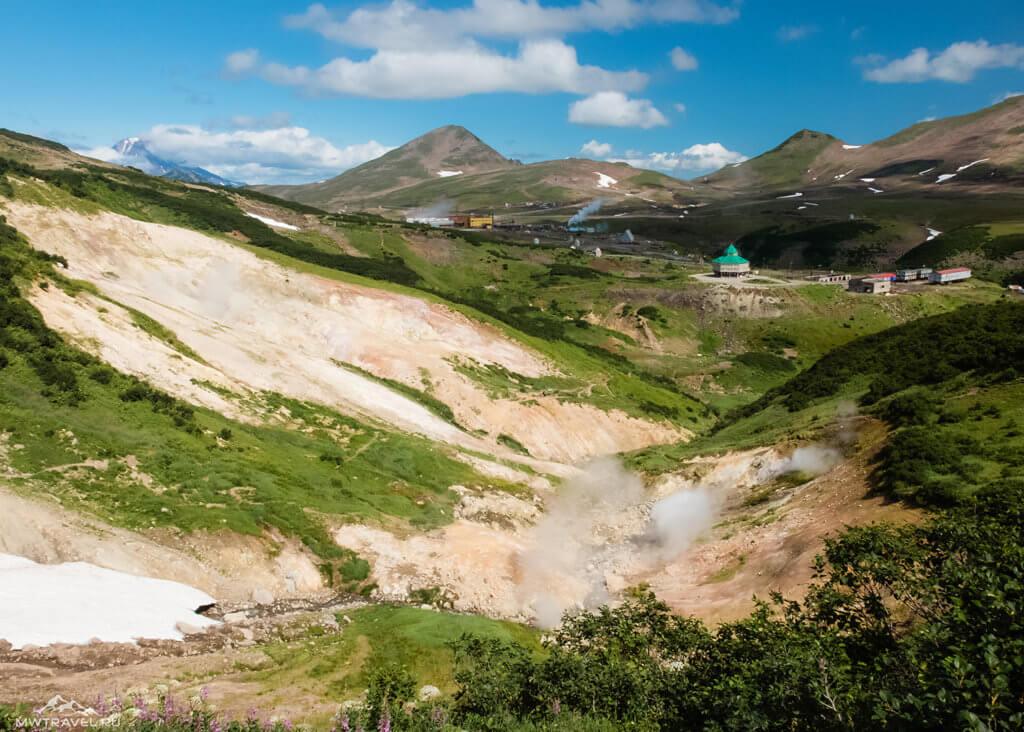 Поход по Камчатке: лагерь на мутновской геотэс