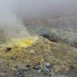 Поход по Камчатке: вулкан мутновский фумаролы