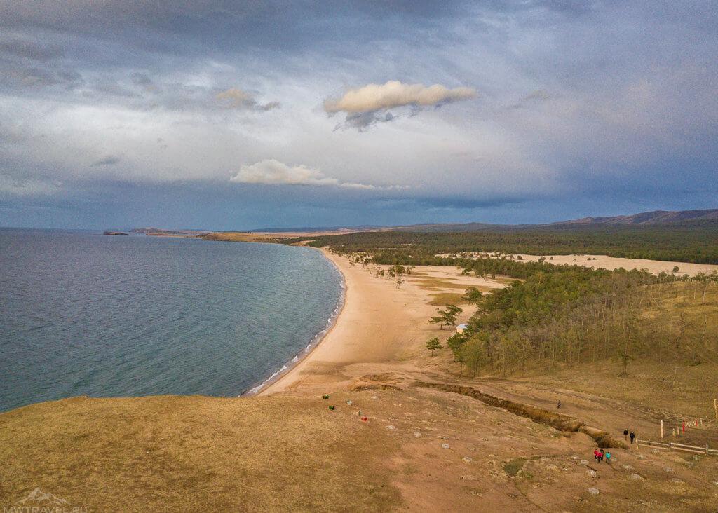 берег байкала с воздуха