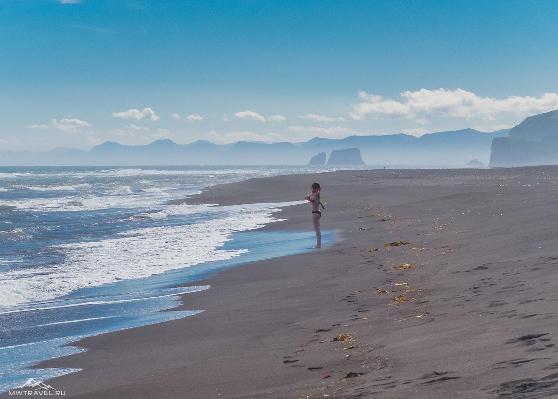 халактырский пляж тихий океан в походе по камчатке