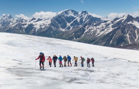 Восхождение на Эльбрус с югаВосхождение на Эльбрус с юга