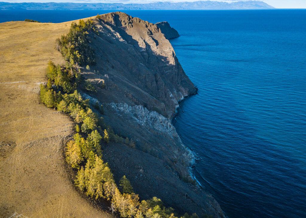побережье острова ольхон на байкале с воздуха