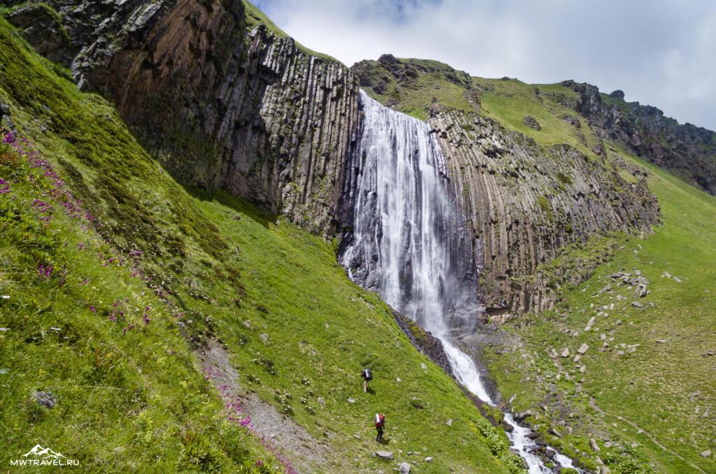 5 водопад в приэльбрусье