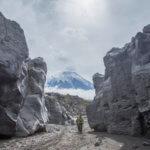 камчатка каньон реки студеная и вулкан острый толбачик