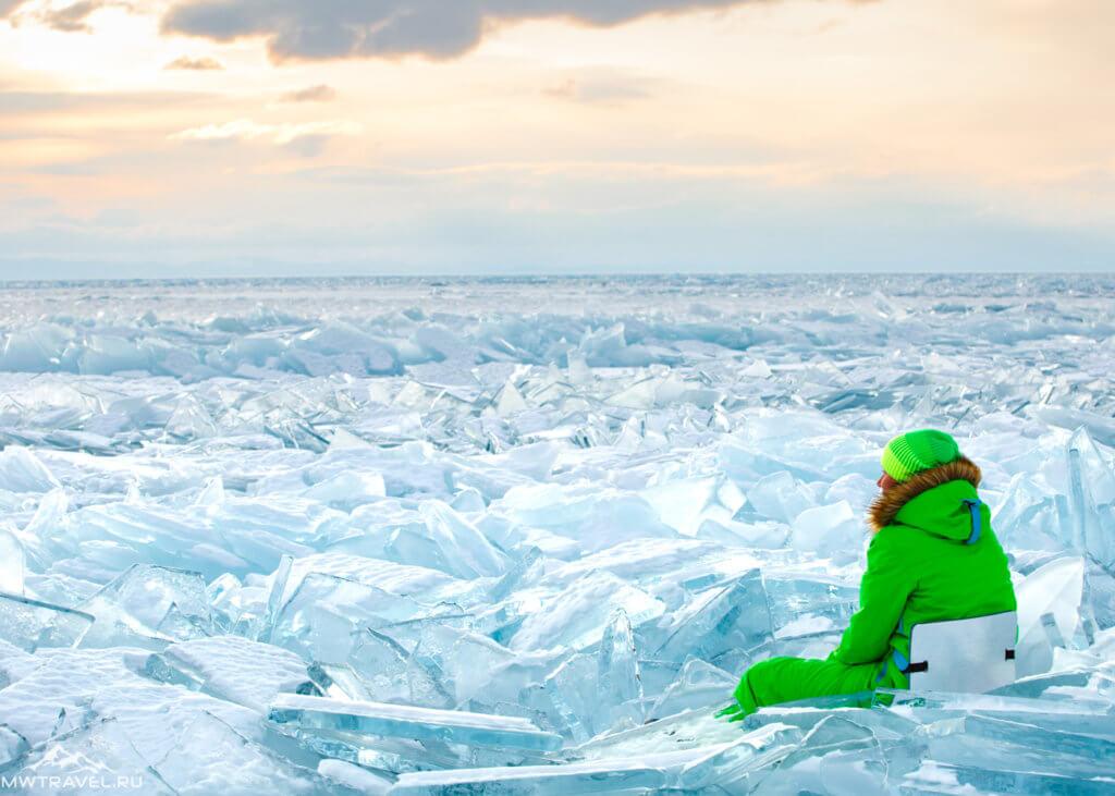 торосы льда на байкале