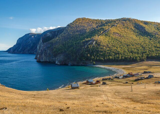 на Байкале осенью