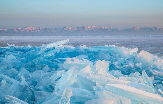 Поход по Байкалу зимой без палаток