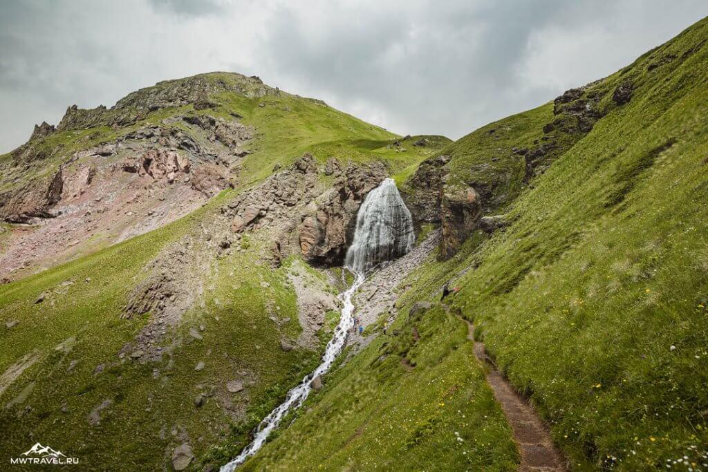 Треккинг тур в Приэльбрусье - водопад Девичьи косы