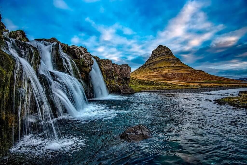 Путешествие по Исландии: гора Киркьюфетль