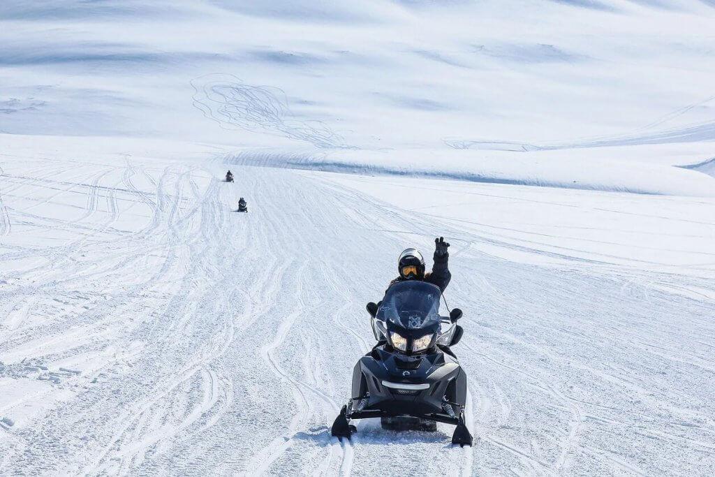 тур на снегоходах арктика