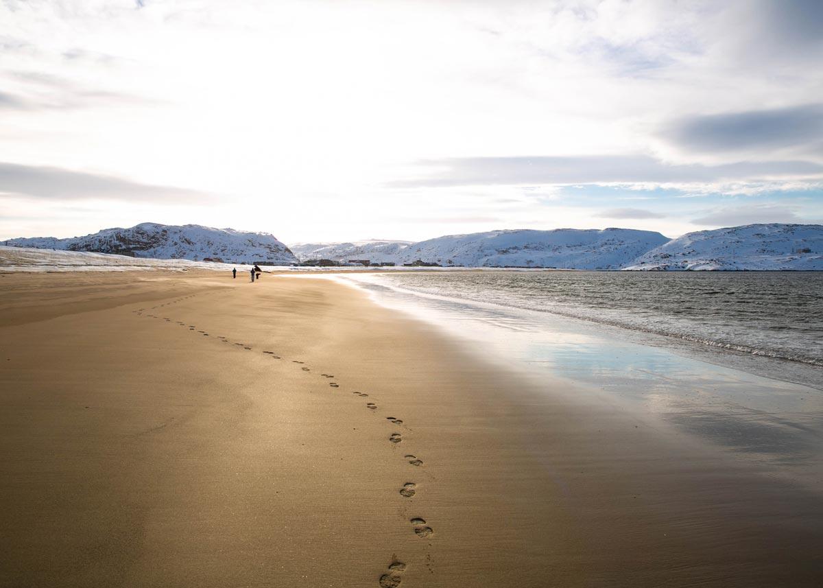 Пляж в старой Териберке