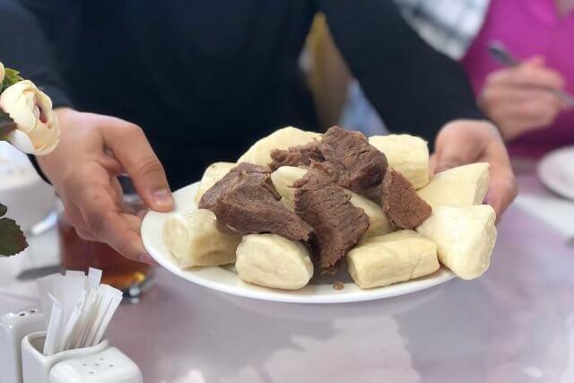 Национальное блюдо - аварский хинкал в Дагестане
